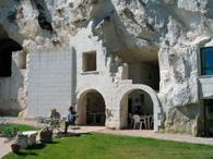 Le Bistroglo : village de Turquant